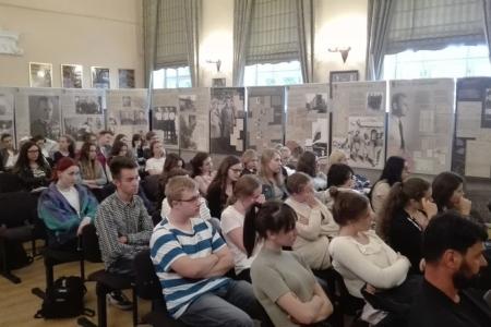 W naszej szkole otwarto wystawę poświęconą Rotmistrzowi Witoldowi Pileckiemu